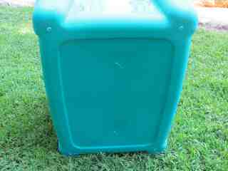 worm bin drainage holes