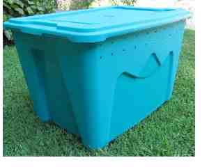 worm bin with air holes